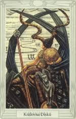 Crowleyho tarot - Malá arkána - Královna disků